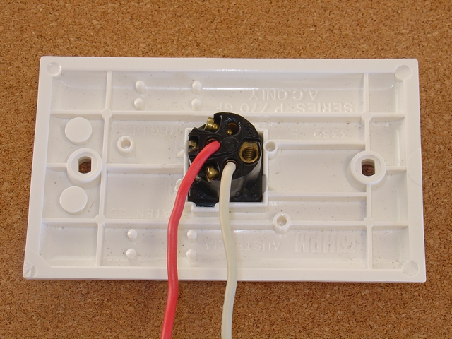 Remote Controlled Light Switch Retrofit With Manual Override And No Extra Writing